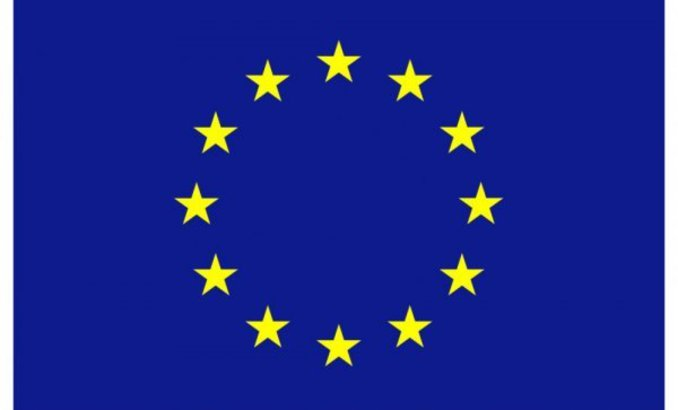 eu-flag-1-39_678x410_crop_478b24840a